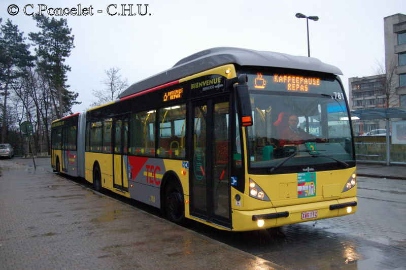 vanhool-new-ag300-pause-8d59cb.jpg
