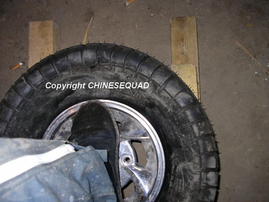 chinese quad tuto d monter et remonter un pneu. Black Bedroom Furniture Sets. Home Design Ideas