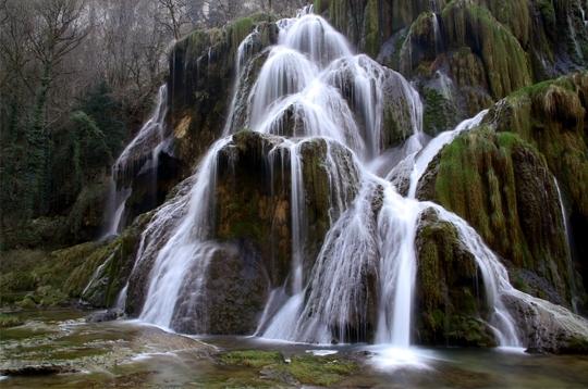 Passions et partage les plus beaux sites naturels - Image de cascade ...
