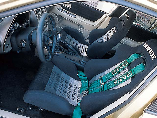 [Image: 0303tur_08z-toyot...ver_seat-1064d82.jpg]