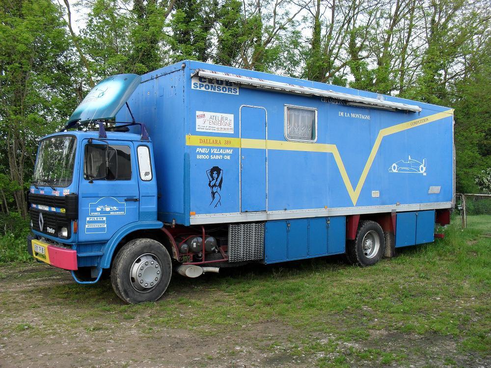 dirty monkey vendu camion renault s170 am nag camping car vasp. Black Bedroom Furniture Sets. Home Design Ideas