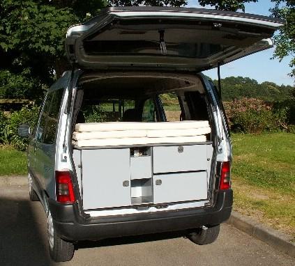 amenagement 4 4 en camping car tq52 jornalagora. Black Bedroom Furniture Sets. Home Design Ideas