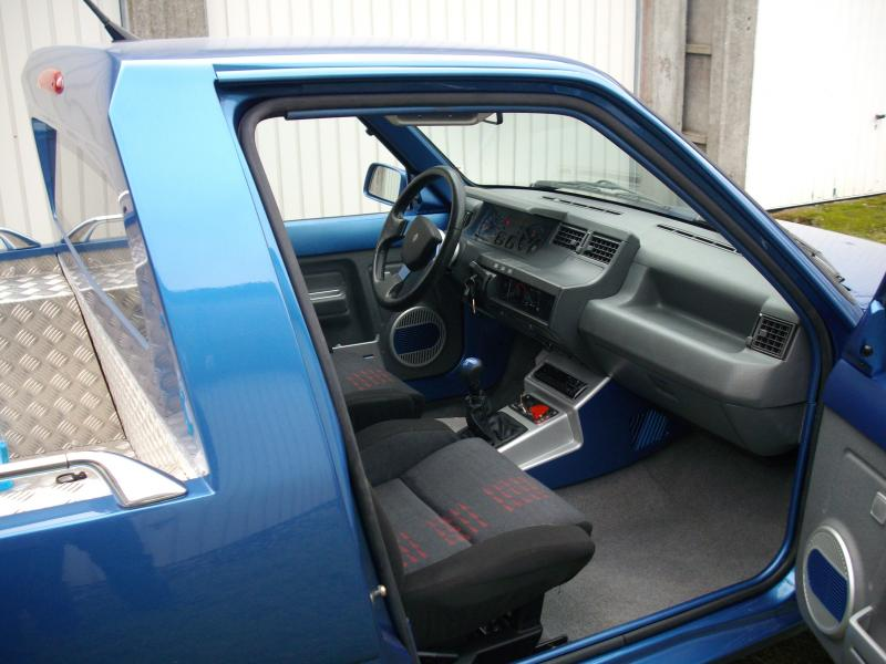 Auto breizh passion appel de phares for Interieur renault express