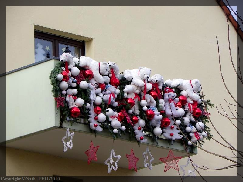 D coration noel balcon for Idee decoration fenetre pour noel