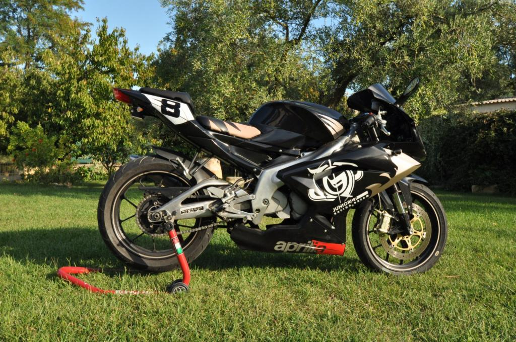 yzf r125 la plus belle photo de votre moto. Black Bedroom Furniture Sets. Home Design Ideas