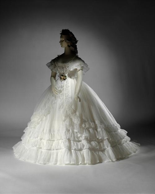 Club conf d r et f d ral de france c 39 est coton for Hors des robes de mariage rack new york