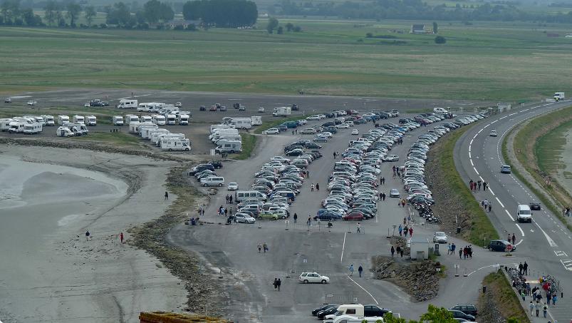 villages et terres de aire de stationnement au mont michel