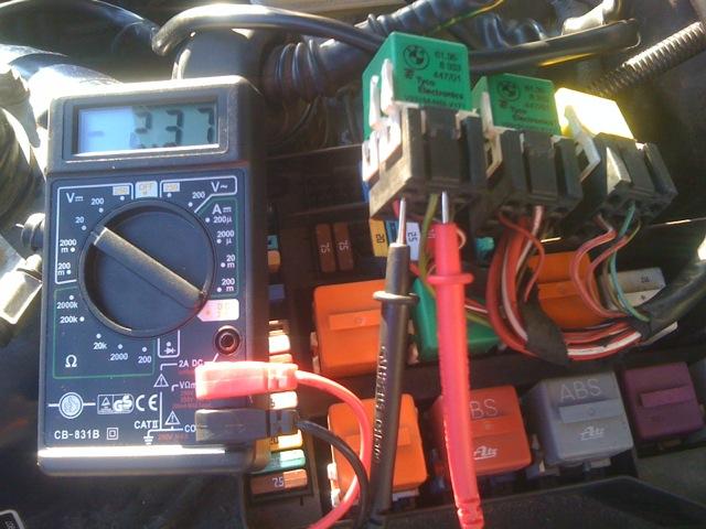 PASSION BMW E36 :: tension sur relais pome gavage + relais dme