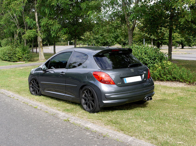 sonik34 peugeot 207 rc gris shark stage 2 shooting clio rs concept. Black Bedroom Furniture Sets. Home Design Ideas