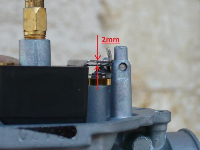 En ce qui concerne le réglage de la languette la norme que j ai pu trouver  est d environ 2mm (voir photo ) aa3c43480c34
