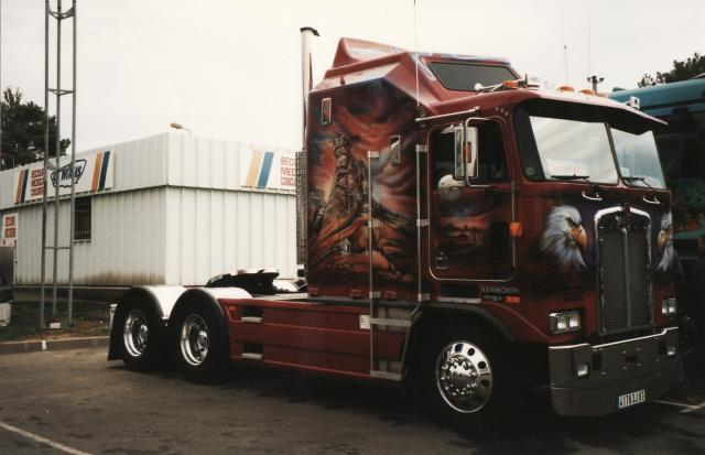 king kong truck made in belgium camion am ricain. Black Bedroom Furniture Sets. Home Design Ideas