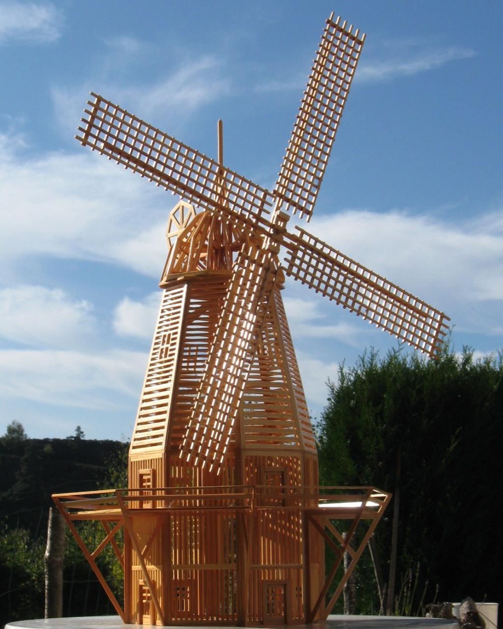 Loz re mod lisme maquettes en baguettes de bois - Moulin a vent en bois a fabriquer ...