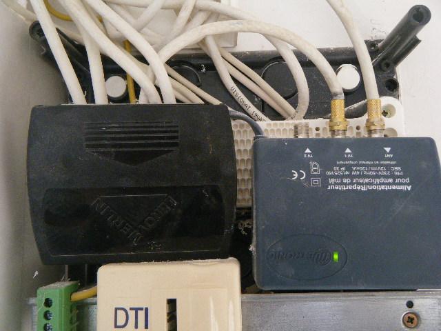 Tnt62 remplacement du rateau par une parabole - Comment brancher une antenne rateau ...