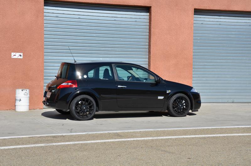 megane ii rs f1team noir dor p4 photos rs team ales page 6 clio rs concept. Black Bedroom Furniture Sets. Home Design Ideas