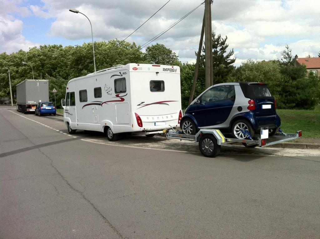 camping car europe smart derriere rapido. Black Bedroom Furniture Sets. Home Design Ideas