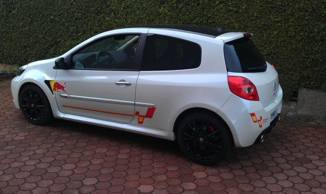 ma 3rs stickers redbull clio rs concept. Black Bedroom Furniture Sets. Home Design Ideas