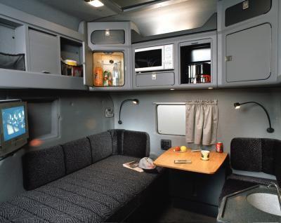 semi truck sleeper with bathroom