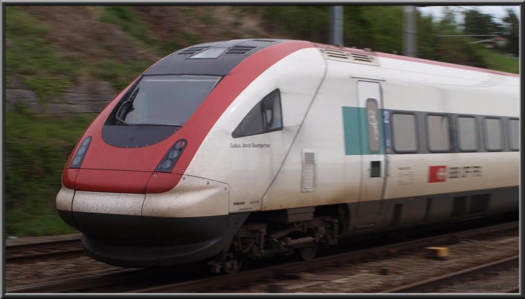 Spot du jour ferroviaire. Nouvelles photos postées le 28 Novembre 2016 Rabde-500-033-6-i...r-cff_03-3499783
