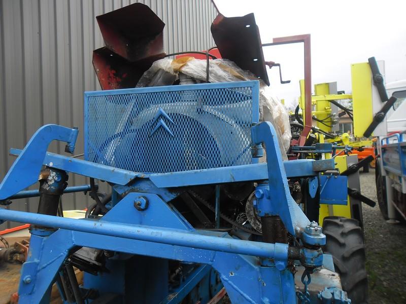 belphegorforum le tracteur enjambeur moteur 2cv. Black Bedroom Furniture Sets. Home Design Ideas