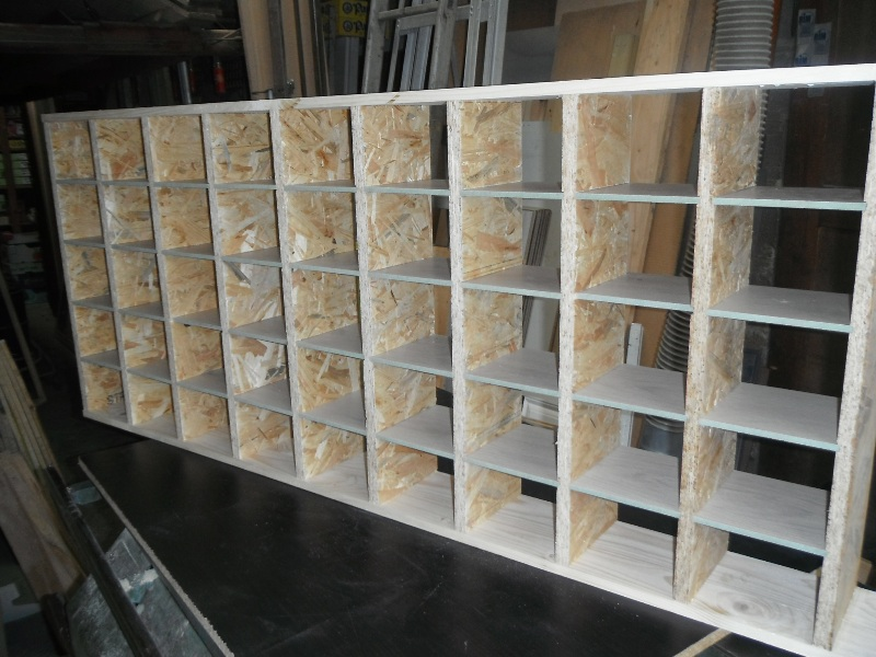 bricauboisaufer pour les 39 makers 39 du bricolage rangement pour vis et autre outils. Black Bedroom Furniture Sets. Home Design Ideas