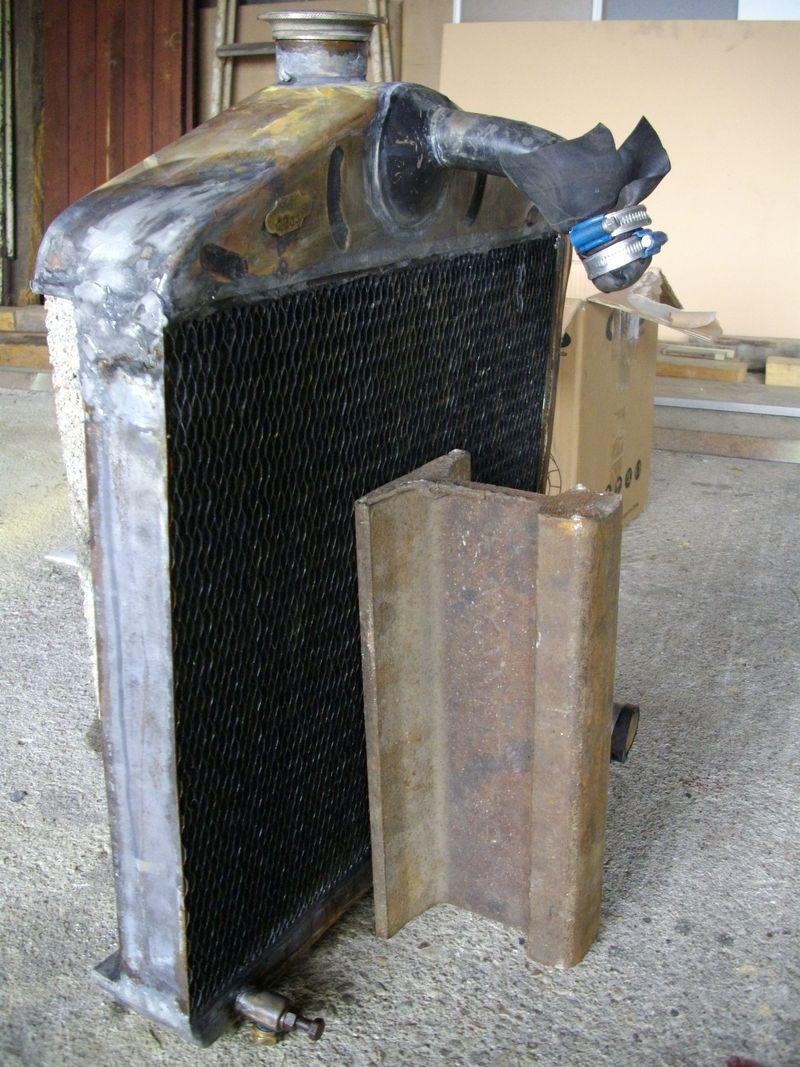 les renault d 39 avant guerre r fection d 39 un radiateur. Black Bedroom Furniture Sets. Home Design Ideas
