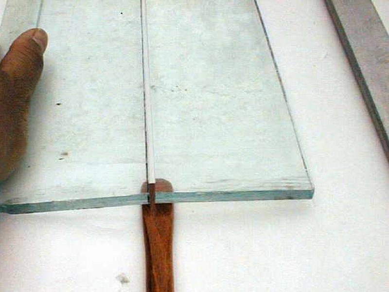D couper du verre - Comment couper du verre feuillete ...