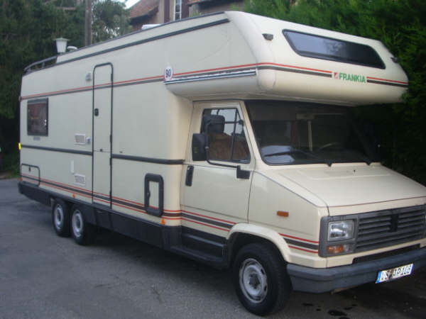 pin peugeot j5 25 td camping car frankia 660 double essieux on pinterest. Black Bedroom Furniture Sets. Home Design Ideas
