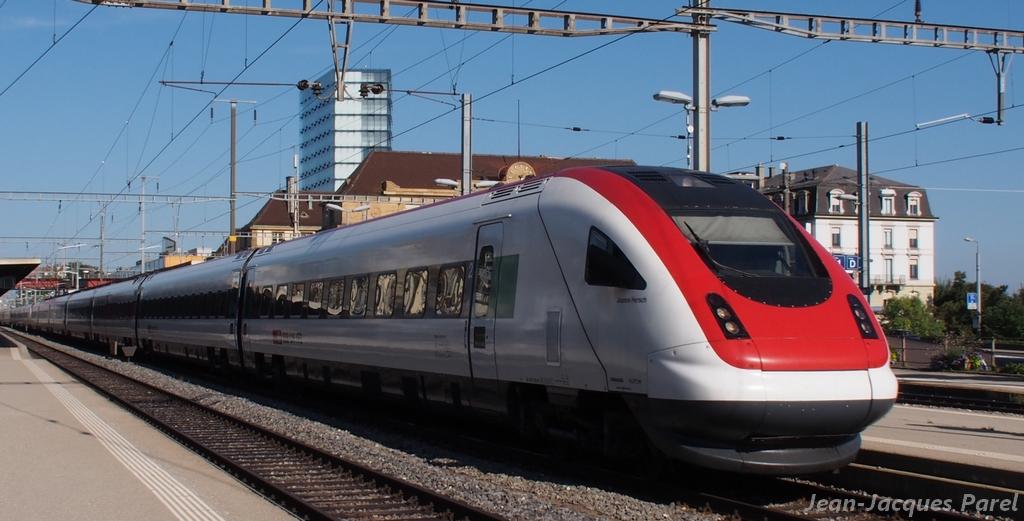 Spot du jour ferroviaire. Nouvelles photos postées le 28 Novembre 2016 Rabde-500-020-3-i...rsch-cff-3886f35