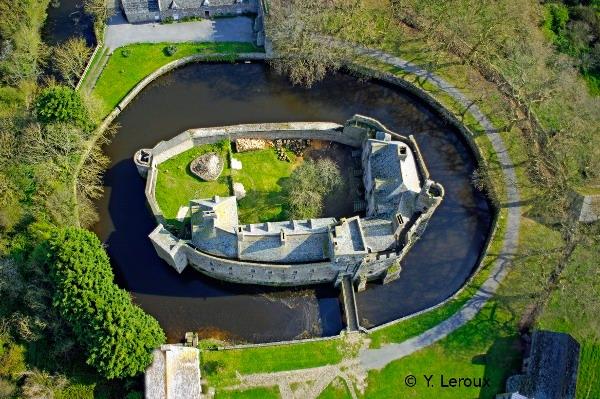 Le royaume de France médiéval :: Le château de Pirou