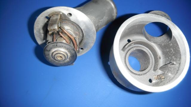 carlostat sur TDSE 2.5L de 1995, boitier à changer ou pas car réponses différentes ! Dscf2282-3bc7068