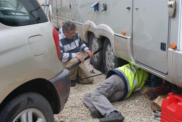: un pneu crevé ! 22-010-3d2a500