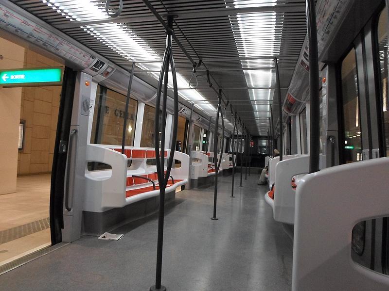 Midimobilit s consulter le sujet lyon tcl for Metro interieur