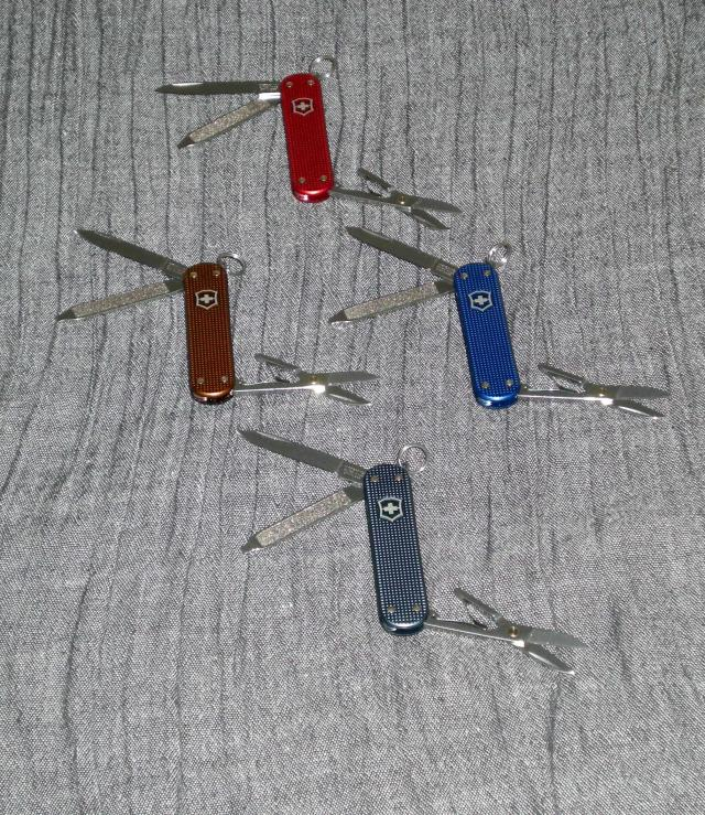 Ma collection Victorinox et wenger. [par Lucke] Dscn6836-3be9706