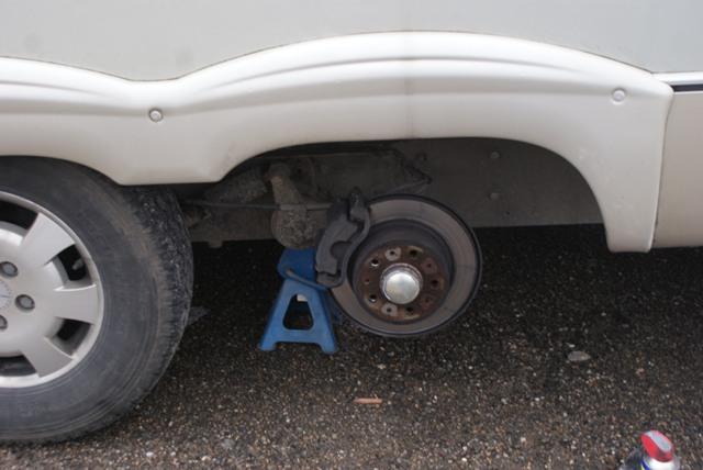 : un pneu crevé ! 22-029-3d2a516