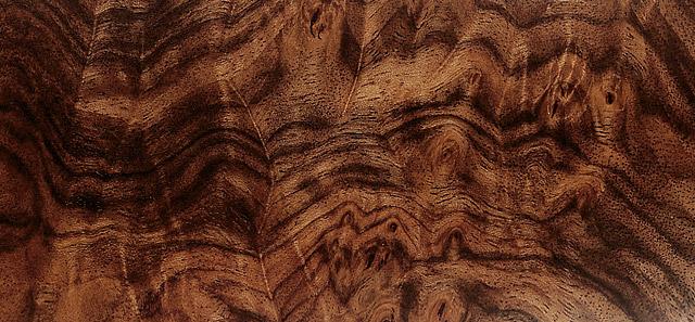 gibiers wallons les grades des bois de crosse en images. Black Bedroom Furniture Sets. Home Design Ideas