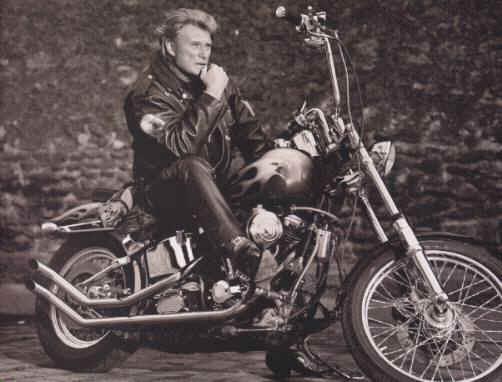 Vieilles photos (pour ceux qui aiment les anciennes photos de bikers ou autre......) - Page 3 Moto3hallyday-42c2cbe