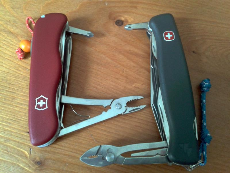 Comparatif Wenger Everest VS Victorinox Atlas 2013-06-14-13.28.05-3ef008c