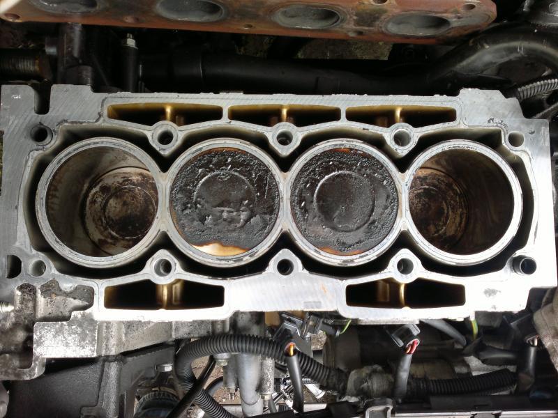 206 S16, 206 SW GTI et 307 2.0 Féline pour moi, C4 Collection pour elle - Page 6 2013-07-04-541-3f6b8ba