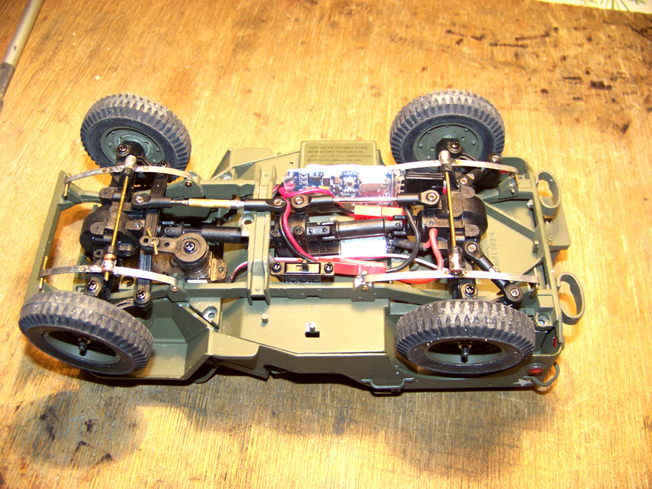 Jeep Danbury 1/16e, motorisée Sumo + remorque Bantam 1/4 t 100_2806-42c4838