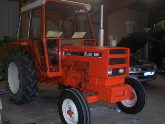 Pieces tracteur renault 551