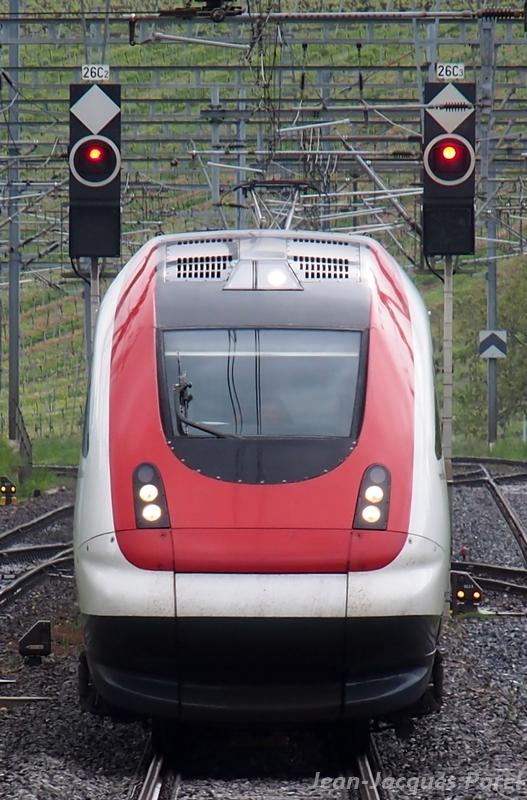 Spot du jour ferroviaire. Nouvelles photos postées le 28 Novembre 2016 Rabde-500-032-icn...x-cff_01-3e768ee