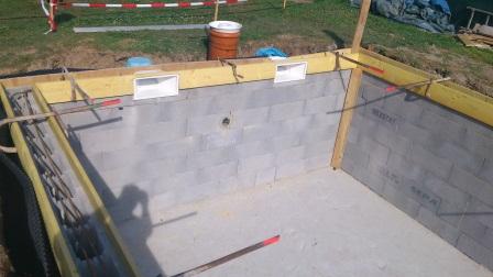 Construire sa piscine toutes les etapes for Piscine avec skimmer miroir