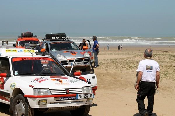 Raid au Maroc: 205 Trophée 04-3ec1204
