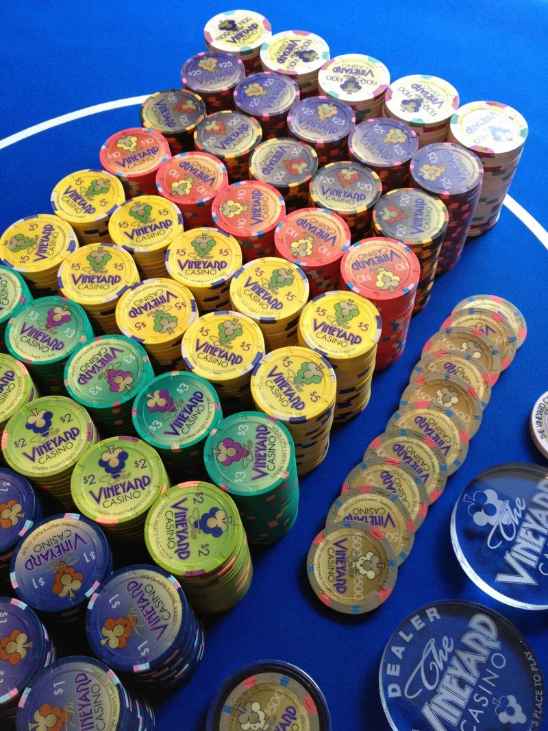Vineyard casino chips harahs laughlin casino