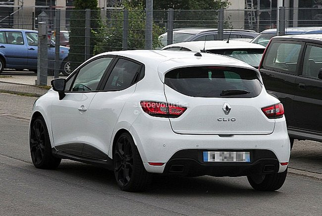 topic officiel renault clio iv rs page 13 clio rs concept. Black Bedroom Furniture Sets. Home Design Ideas