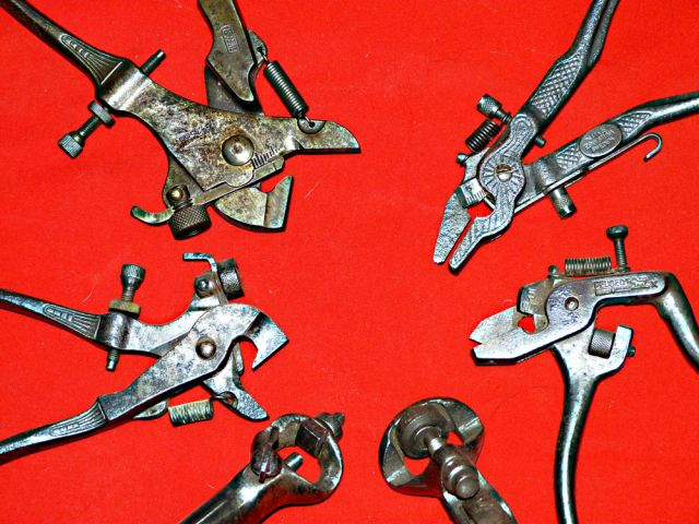 Outils anciens art populaire pince avoyer - Pince a avoyer ...