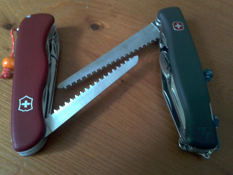 Comparatif Wenger Everest VS Victorinox Atlas 2013-06-14-13.29.00-3ef0094