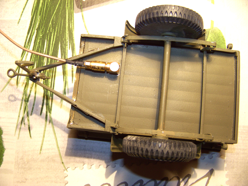Jeep Danbury 1/16e, motorisée Sumo + remorque Bantam 1/4 t 100_2886-433d591