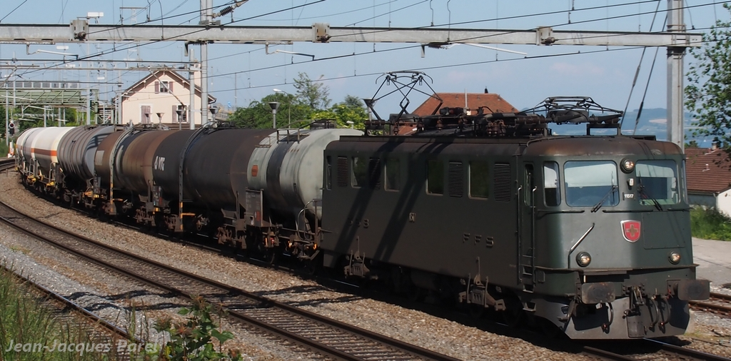 Spot du jour ferroviaire. Nouvelles photos postées le 28 Novembre 2016 Ae-66-11517-brunnen-cff_03-3efd669