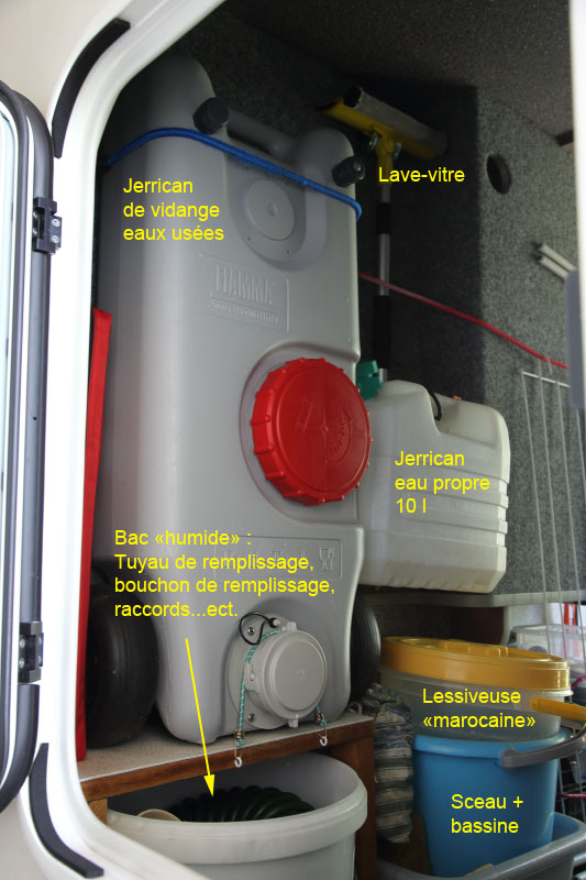 Forum Camping Car Par Marque Amenagement Soute Garage Carthago
